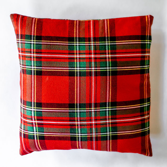 haute_hostess_red_scottish_plaid